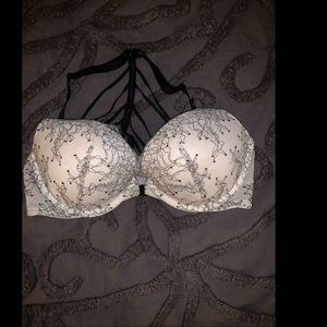 Brand new victorias secret bra